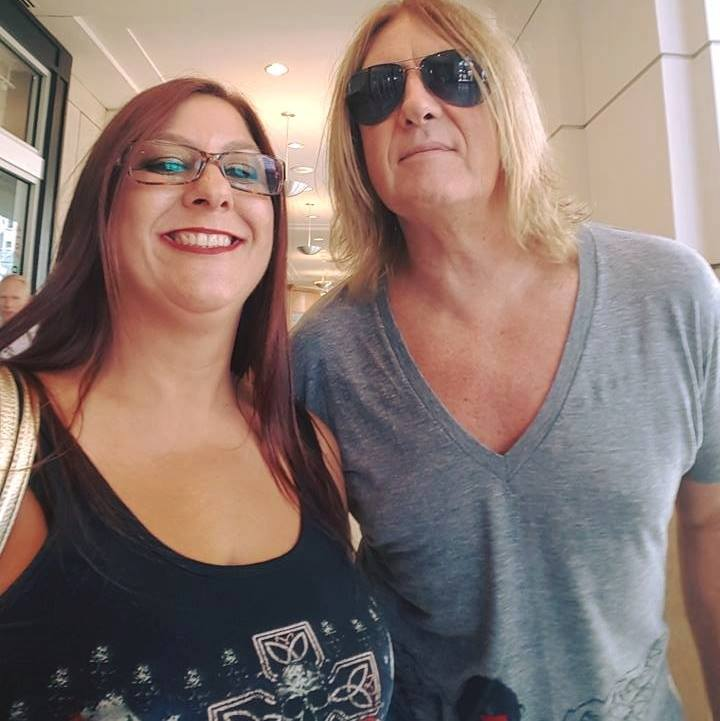 Fun photo of Cindy and Joe, Cindy is rocking the ICJUK USA Cross and Skull tank - Aug, 2016