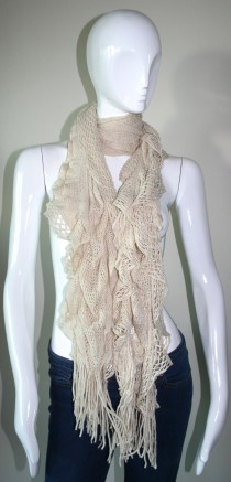 Cream ruffled tassel knit stretch scarf