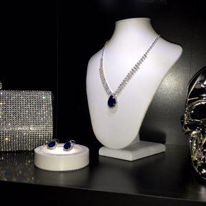 Blue crystal set