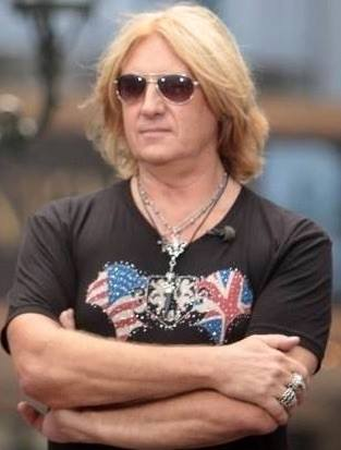 Joe Elliott in the Union Jane Design
