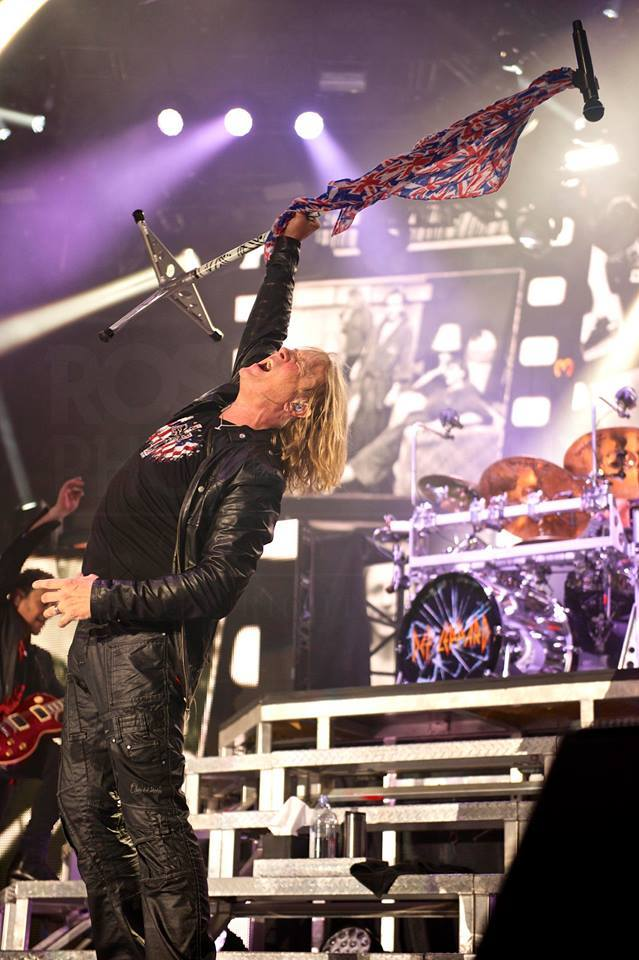 Joe Elliott in The USA Cross & Skull Design
