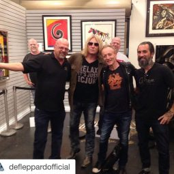 Flash Back with the ICJUK RELAX tee on Pawn Stars