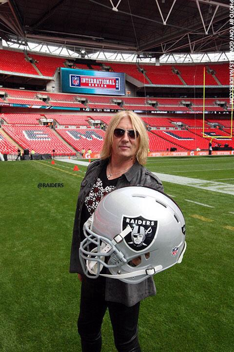 Joe Elliott NFL London 2014
