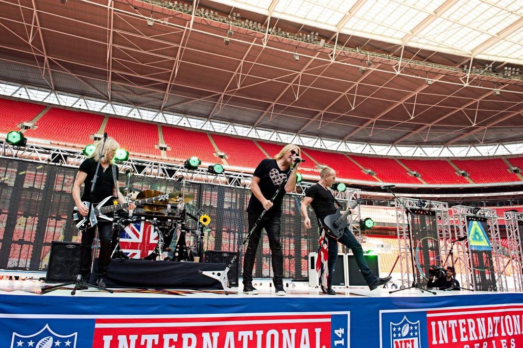 Def Leppard rehearsing for NFL London game September 2014