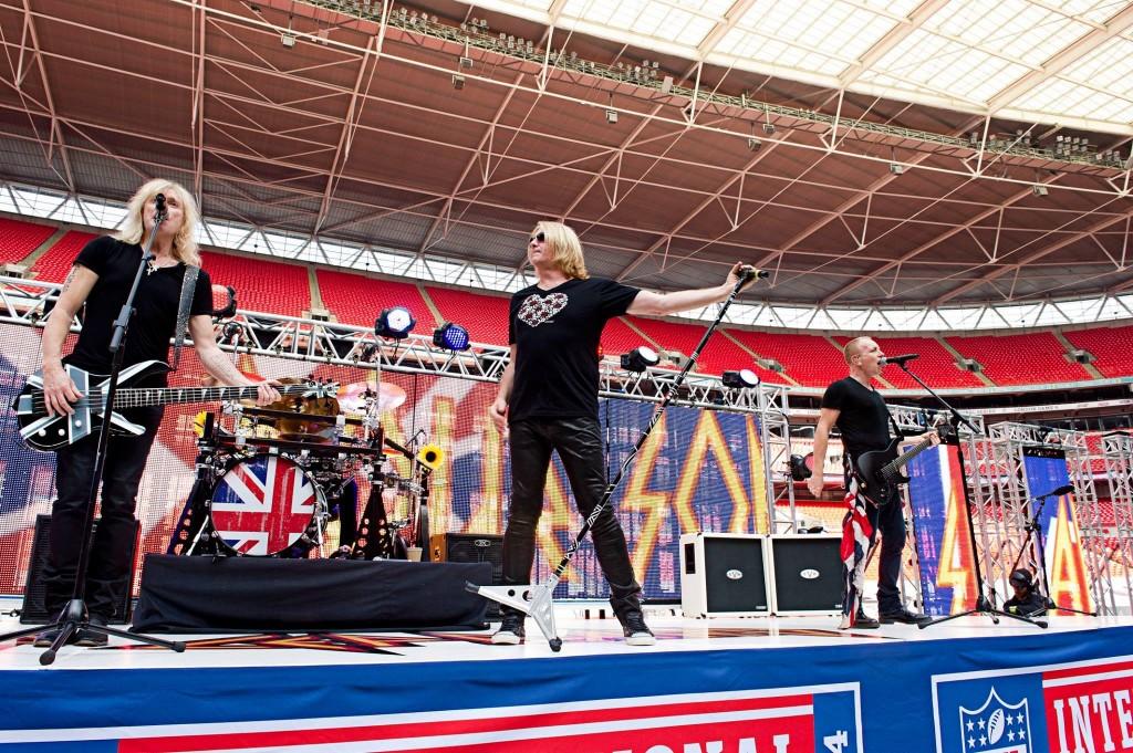 Joe Elliott wearing ICJUK for NFL London Opening Rehearsal