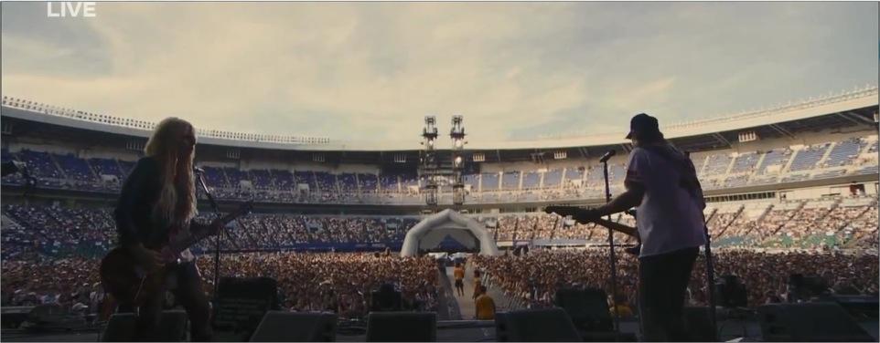 Orianthi in concert