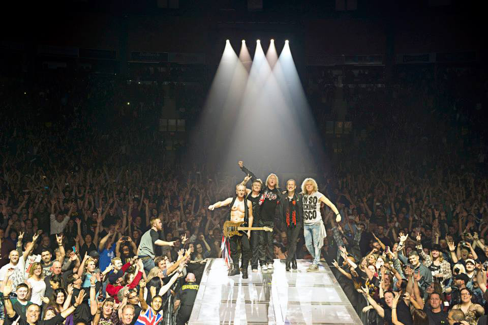 Def Leppard International Tour 2015 - ICJUK