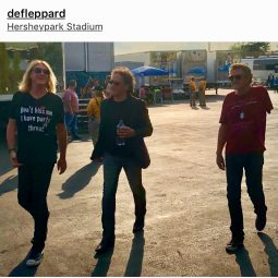 Joe Elliott Rocking Ocean Anarchy by ICJUK on the 2018 Def Leppard X Journey Tour