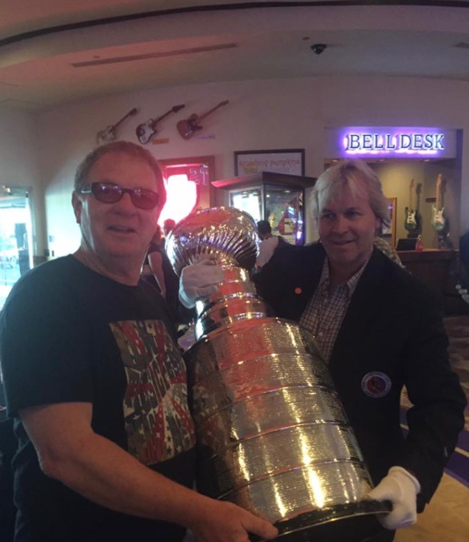 Warwick Stone with the Stanley Cup at Hard Rock Hotel, Las vegas 2016
